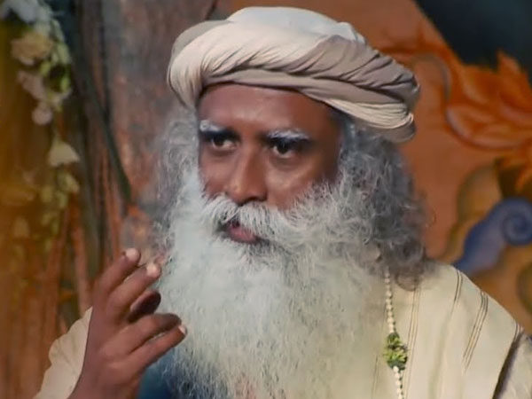 Demonetisation painful but important: Jaggi Vasudev Sadhguru