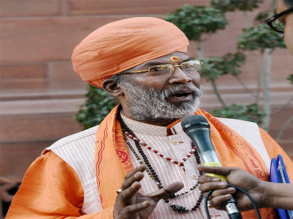 Four wives, 40 children remark: Sakshi Maharaj gets ECI notice
