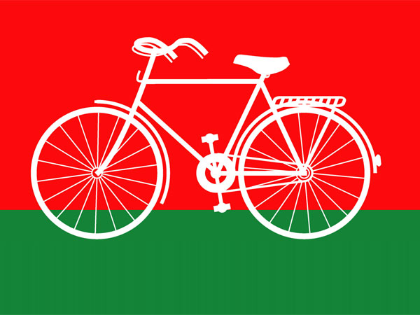 SP rival camps keep fingers crossed as EC to decide on 'cycle' symbol