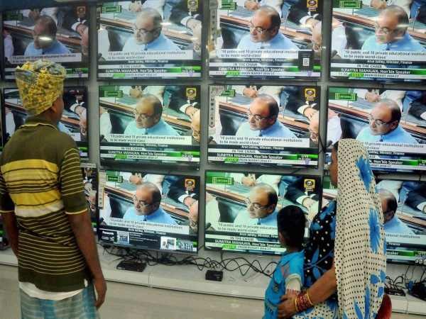 Set up redressal mechanism against private TV channels: SC to centre