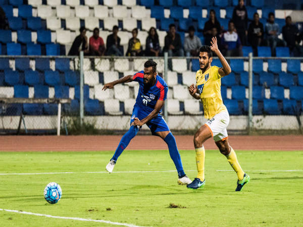 Ck Vineeth (left) scores the third goal (Image courtesy: Bengaluru FC Twitter handle)