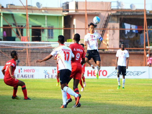 Man of the match Lalrindika Ralte (top) (Image courtesy: I-League Twitter handle)