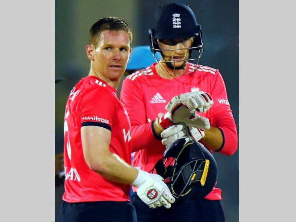 File photo: Morgan (left) with Root during the 1st India-England T20I in Kanpur on January 26