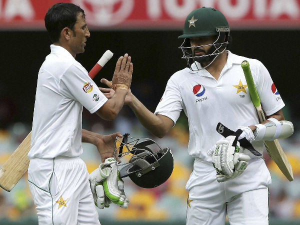 File photo: Younis (left) and Azhar helped Pakistan make a strong reply