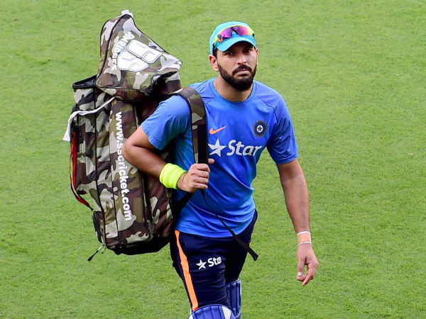 Yuvraj arrives to practice in the nets