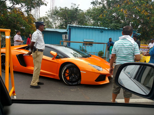 Hot Wheels Chennai Police Seize Super Cars For Illegal Racing Oneindia News