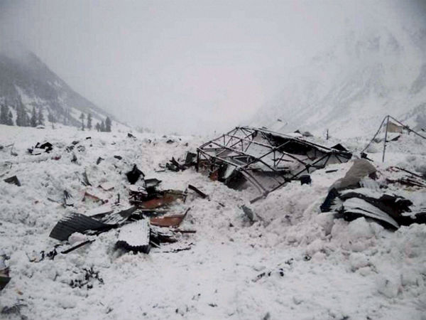 10 killed in Afghan avalanche