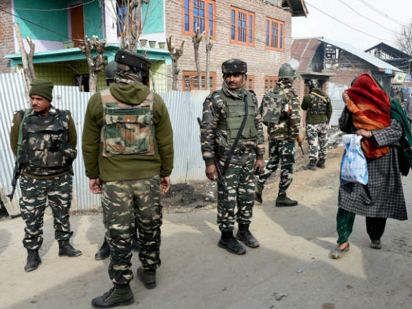 Security tightened to stop separatist protest march in Kashmir