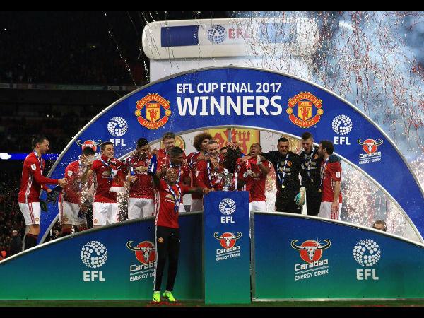 Manchester United beat Southampton 3-2 to lift English ...