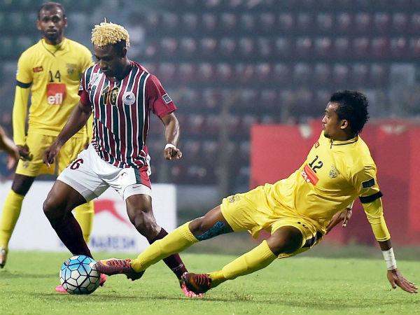 Mohun Bagan striker Sony Norde trying to beat Colombo FC(SRI) defender during AFC Cup match in Kolkata on Feb 7, 2017.