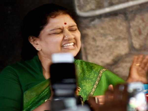 Sasikala speaks to cadres after conviction, appeals for unity