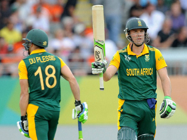South Africa set New Zealand target of 272 in third ODI