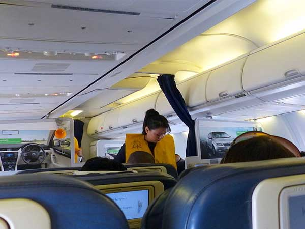 Two Jet Airways air hostesses allegedly molested on Mumbai-Nagpur flight