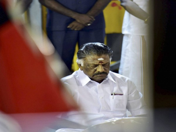 We are not prisoners, say AIADMK MLAs supporting Sasikala