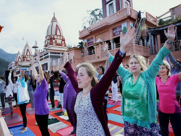 Hundreds descend for Yoga festival