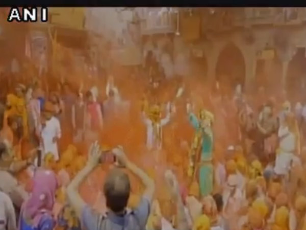 Devotees soak in festive fervour