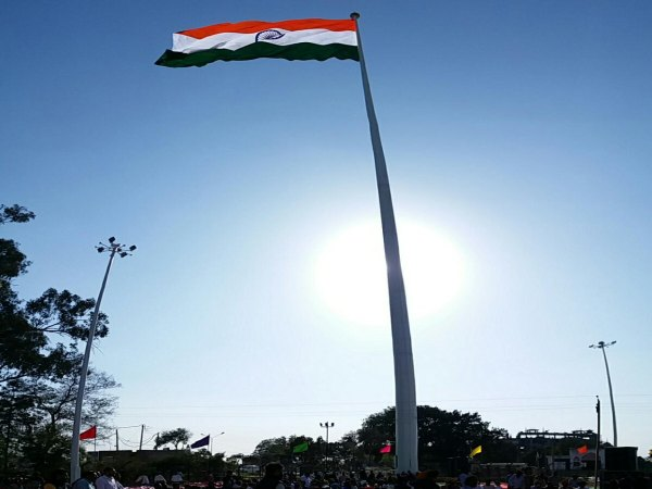 India hoists tallest tricolour at Attari