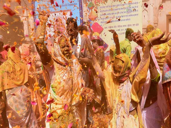 They broke taboo and celebrated the festivalof colours