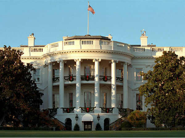 Bomb claim at White House