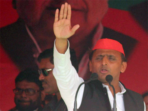 Uttar Pradesh SP leader and Chief Minister Akhilesh Yadav addressing an election rally for the last phase of the Uttar Pradesh assembly elections in Mirzapur.