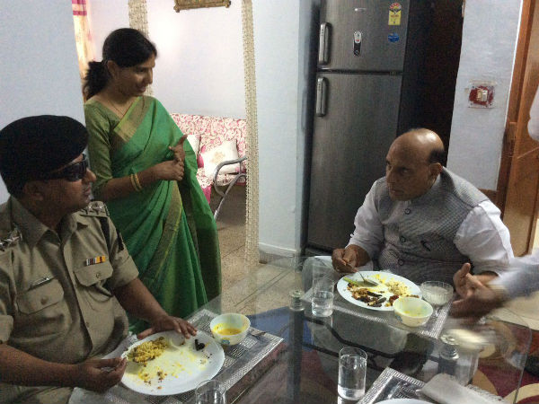 Rajnath Singh shares lunch with BSF officer who lost eye-sight