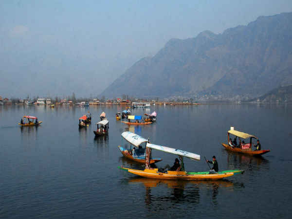 Don't pollute Dal lake: J&K govt to houseboat owners