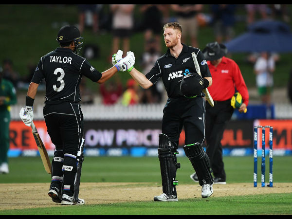 Martin Guptill hits unbeaten 180 as New Zealand beat South Africa by 7-wickets
