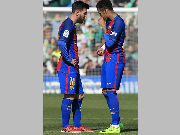 Lionel Messi will extend his stay at Barcelona, feels Neymar