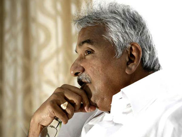Oommen Chandy, Chennithala cleared of nepotism charges