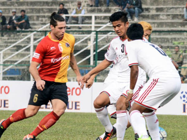 Chris Payne (left) in action for East Bengal (Image courtesy: East Bengal Twitter handle)