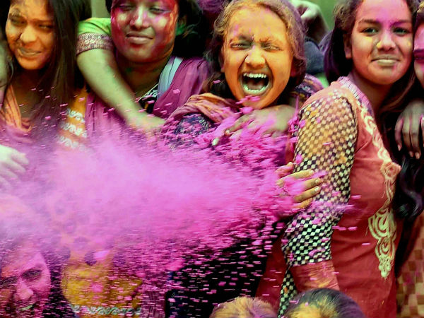DU hostels bar girls from stepping out on Holi