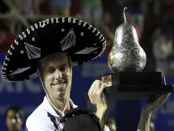 Sam Querrey with the Mexican Open title