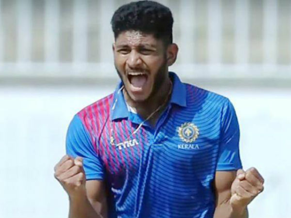 IPL 2017: Young pacer Basil Thampi excited about making his debut for Gujarat Lions