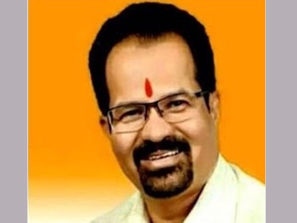Shiv Sena's Vishwanath Mahadeshwar is the new mayor of Mumbai