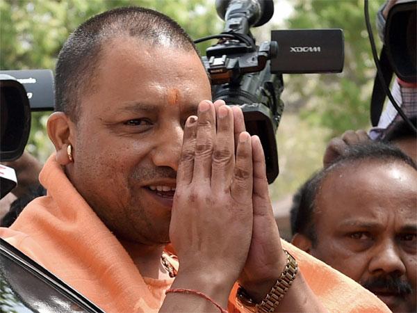 Adityanath arrives at Gorakhpur amidst chants of  <i>Yogi, Yogi</i>