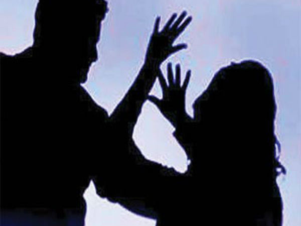 Shocking: Woman objects to eve-teasing; Thrashed, stripped and paraded naked