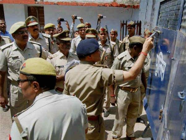 UP Police arrests 3 terror suspects