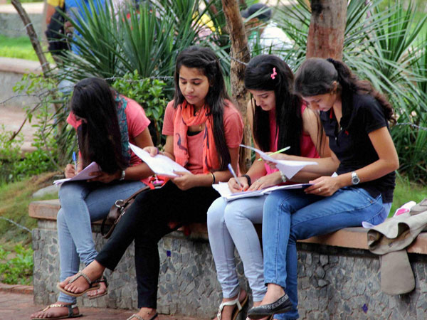 263 UG, PG courses in engineering, management to be conducted through virtual classroom