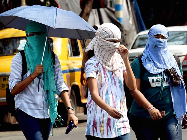 Heat wave continues, Telangana BURNS at 44.5 degrees