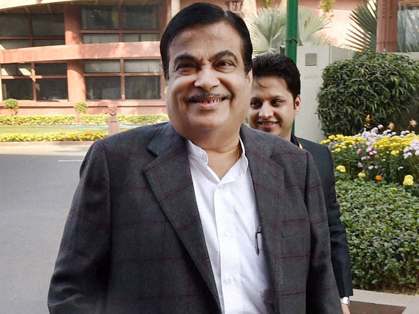 Blame yourself for farmer suicides, not BJP: Gadkari slams Cong-NCP