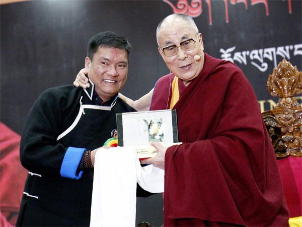 Congress dubs Arunachal CM's statement o Tibet as 'immature'
