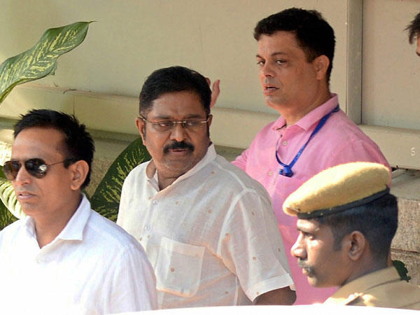 Hawala operative who transferred cash for T T V Dinakaran arrested