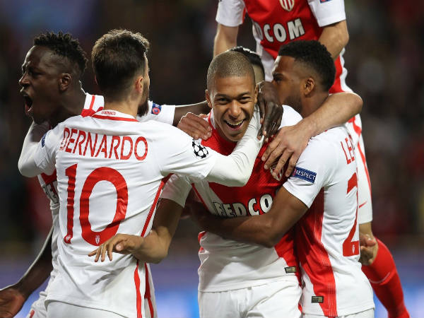 AS Monaco players celebrate (Image courtesy: UCL Twitter handle)