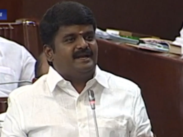 FIR against 3 Tamil Nadu Ministers for obstructing IT officials