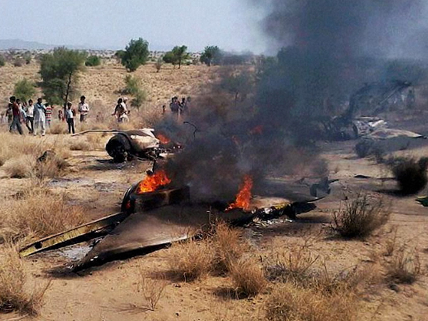 Trainer aircraft crashes on Maharashtra-MP border, 2 killed - See pics