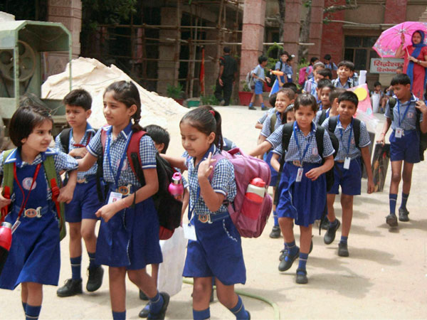 Malayalam compulsory in Kerala schools, government brings out ordinance
