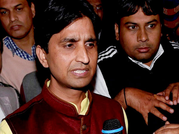 Kumar Vishwas slams Kejriwal on MCD election defeat