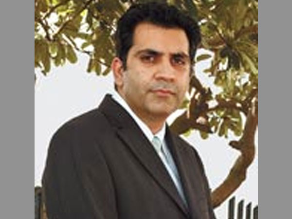 Delhi Police arrest Unitech MD Sanjay Chandra