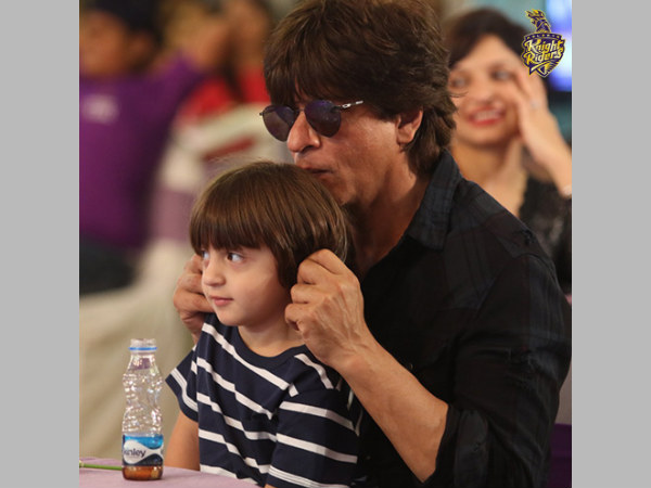 Shah Rukh Khan with son AbRam