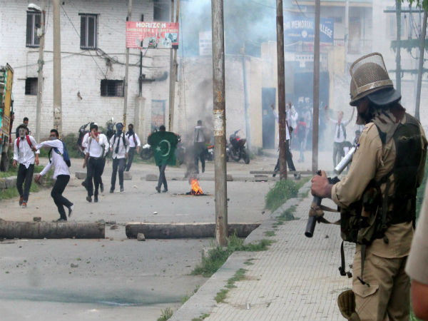 Image result for Fresh protests erupt in Kashmir Valley, Fresh student protests broke